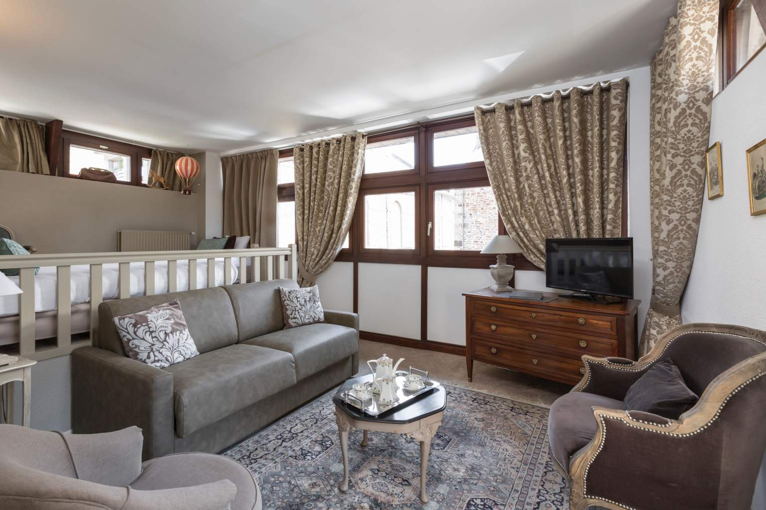 suite deluxe hotel arvor dinan Brittany France